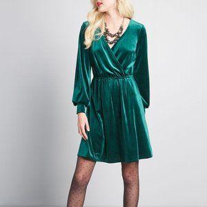 NWOT ModCloth velvet wrap dress